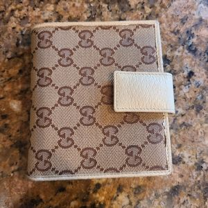 Gucci bifold women's wallett